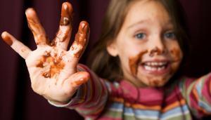 Come togliere le macchie di cioccolato