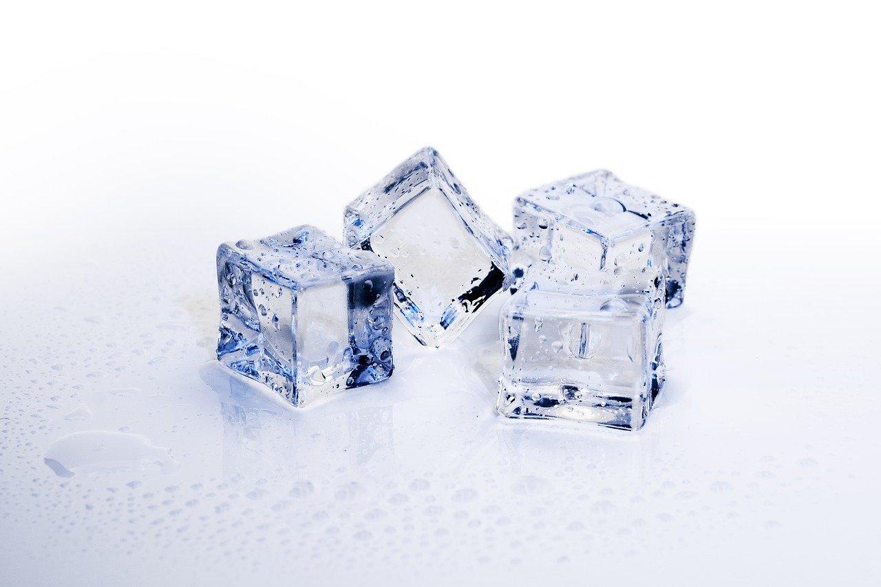 ice-cubes-3506782_1280